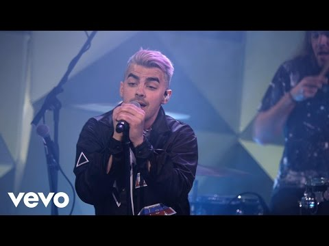 DNCE - Pay My Rent (Vevo LIFT)