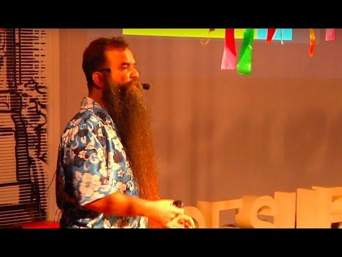 O Empreendedorismo na Música | Félix Robatto | TEDxCESUPA