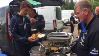 What does a WRC team have for lunch on a recce?