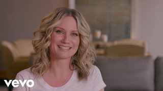 Jennifer Nettles - What's In My Room brought to you by Marriott Rewards