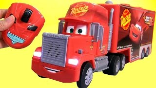 NEW Mack Truck Hauler Master Remote Control 2015 from DisneyPixarCars U-Command McQueen RC