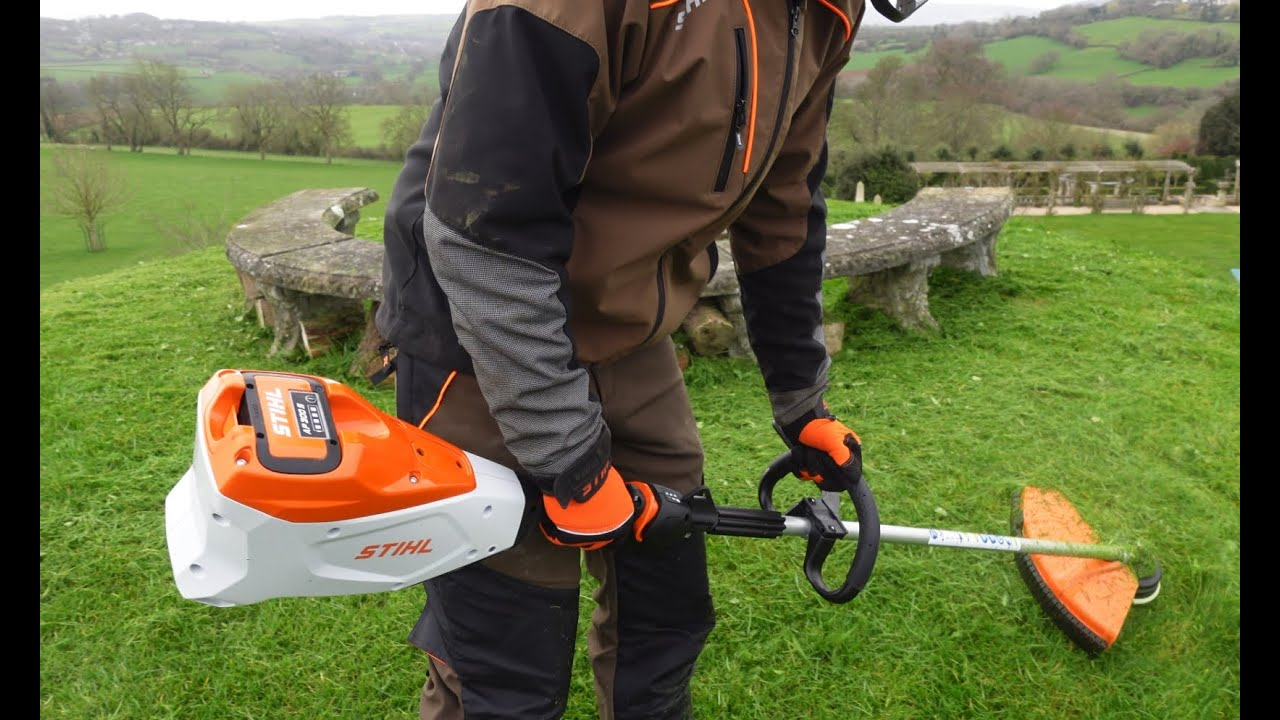 STIHL FSA 135R Battery Strimmer - Weed whacker - weed eater - string trimmer - brush cutter