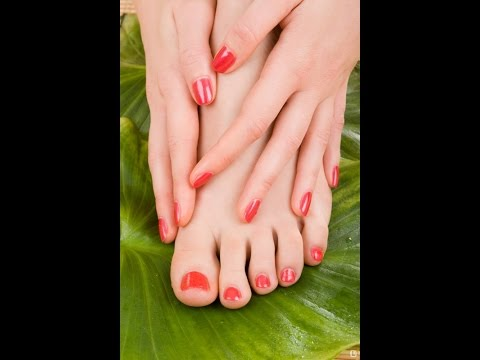 8 FOOT CARE TIPS FOR BEAUTIFUL AND HAPPY FEET