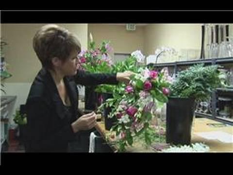 Bridal Bouquet Ideas : Instructions for a Cascade Bridal Bouquet