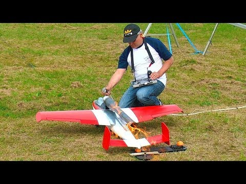 PULSO ENGINE POWERED RC JET H-162 INCREDIBLE LOUD AND FAST FLIGHT DEMONSTRATION