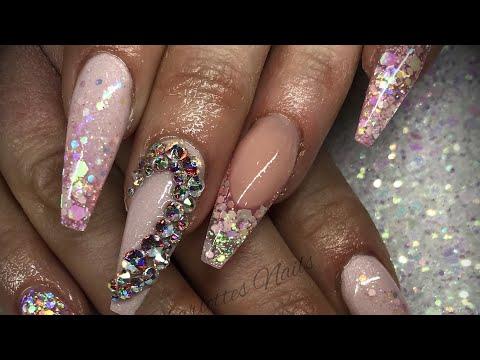 Acrylic nails - pink design set with swarovski crystals