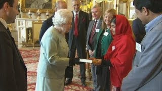 Malala Yousafzai meets the Queen
