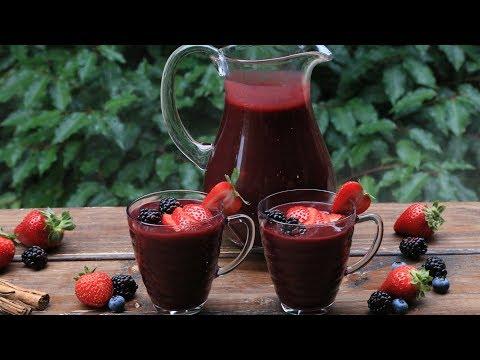 Ecuadorian Colada Morada {Spiced berry and purple corn drink}