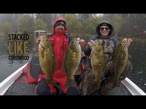 25+ pound Smallmouth Bass Limit on Blade Baits [6lb KICKER]