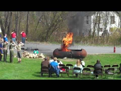 Boy Scout flag-burning ceremony