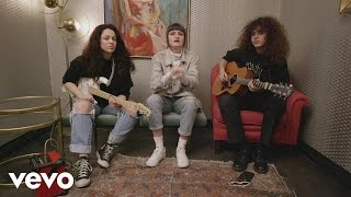 "MUNA - Exclusive Performance: MUNA ""I Know a Place"""