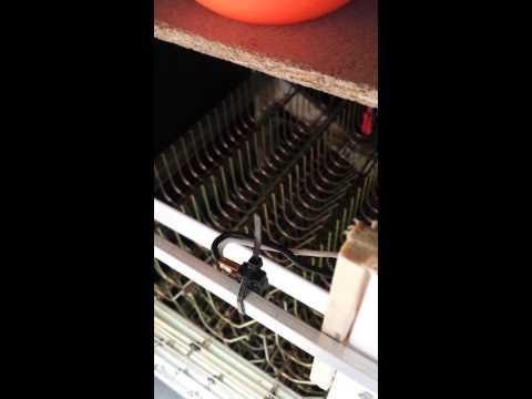 Homemade incubator automatic egg turner (192 eggs !)