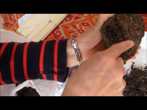how to break up a Pu-erh cake or brick