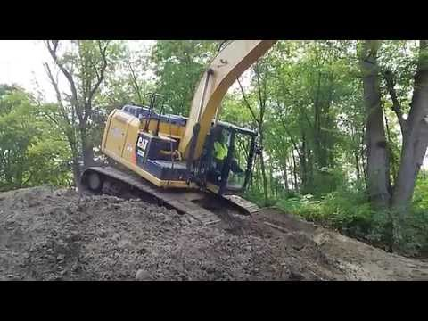The best excavator operator in the world