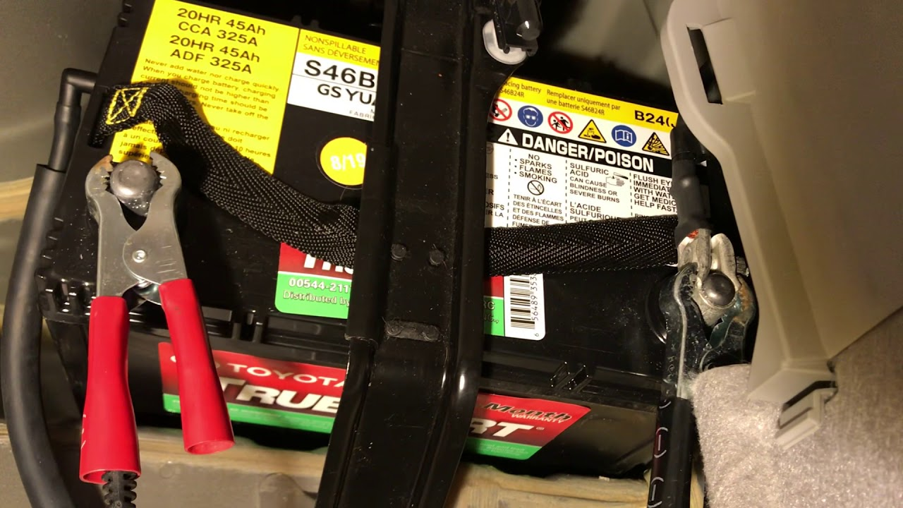 Discharged PRIUS Proper how to charge VERY DISCHARGED Toyota Prius AUX battery. Must watch