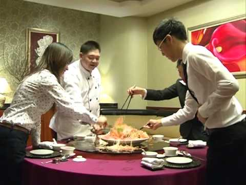 Celebrate 2012 with delectable Yu Sheng at Fortuna Hotel Hanoi