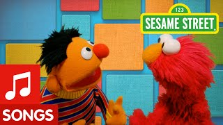 Sesame Street: Play Pat-a-Cake with Elmo