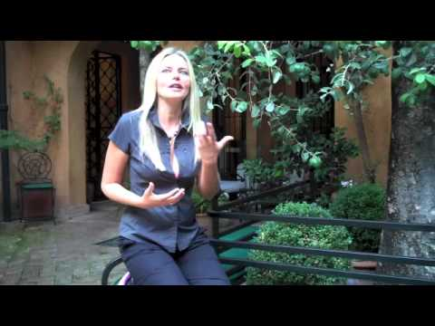 Roman Romance at Home: Ask Karinna