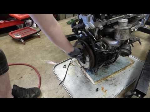 How to remove a flywheel on a 1.8t