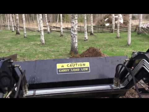 Working with the Simplicity Legacy Garden Tractor Loader