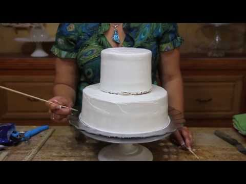 How To Make A Wedding Cake Base / Cake Decorating