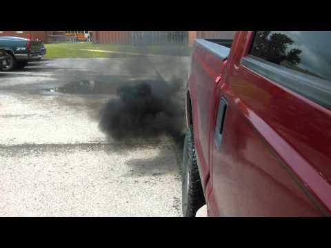 03 6.0 Powerstroke black smoke