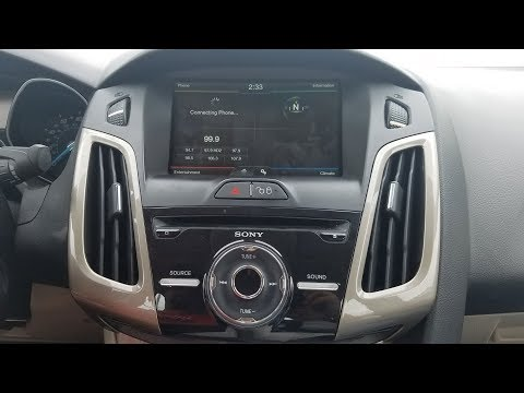 How to Remove Radio / Display from Ford Focus 2011 for Repair.
