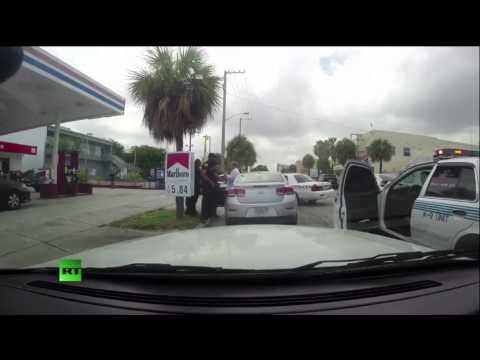 Miami cops fight after traffic stop