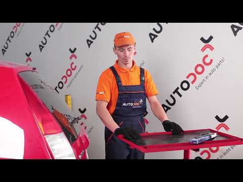 How to replacerear wiper bladesonFORD MONDEO 3 TUTORIAL   AUTODOC