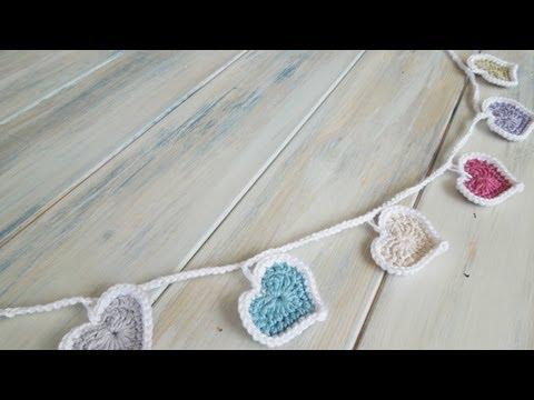 (Crochet) How To - Crochet Heart Bunting