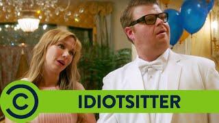 Idiotsitter Season 1: Prom
