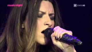 Download Laura Pausini - Medley - Incancellabile - Strani Amori - La Solitudine - Live Basel 2011