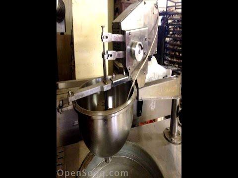 هل رأيت ماكينة لصنع العوامة من قبل ؟؟ machine