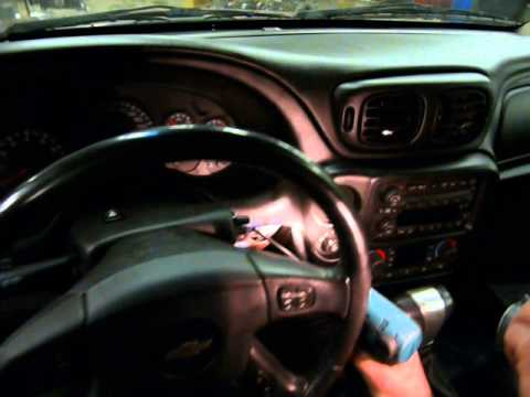 GMC Envoy, Chevrolet Trailblazer, Buick Raineer, Isuzu Ascender  cluster removal part 1
