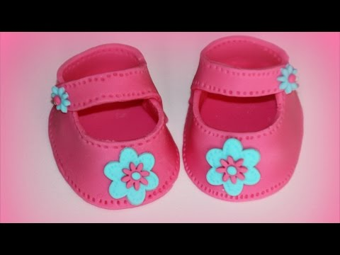 How to make Fondant Sugar Paste Baby Shoes | HappyFoods