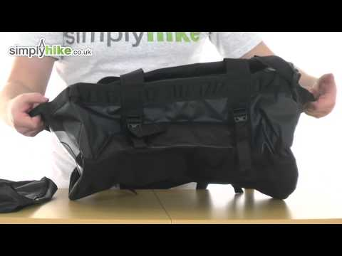 The North Face Base Camp Small Duffel Bag - TNF Black - www.simplyhike.co.uk
