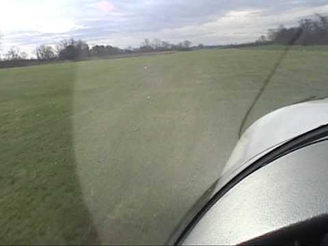 Val take-off & landing on windy grass runways / Despegues y aterrizajes en sacate con viento