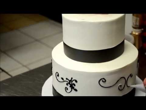 Simple Wedding Cake Decorating Tutorial - How to pipe a wedding cake