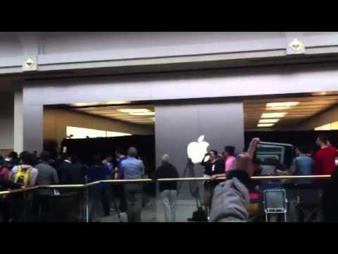 Chadstone shopping center apple store