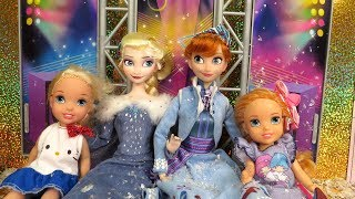 2018 New Year's Party ! Elsa and Anna toddlers celebrate at Barbie