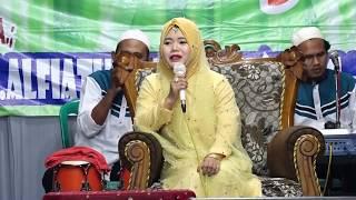 Download Berdakwah dan Berdangdut HJ.Alfiatul Muniroh