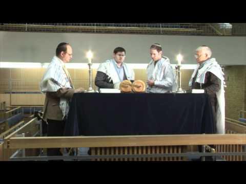 JOG: Having an Aliyah (being called up to the Torah)