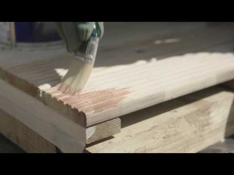 How To Stain A Deck  - D.I.Y. Advice At Bunnings