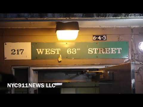 Manhattan man gets shot and runs away