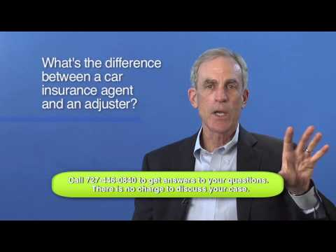 Difference Between a Car Insurance Agent and an Adjuster