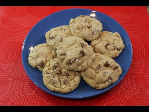The Best Chocolate Chip Cookie Recipe - How to Make the Perfect Chocolate Chip Cookie!