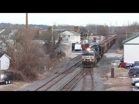 Empty Hopper Train at Bridgeport PA