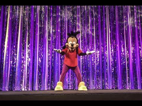 Max Goof Pre Show at the El Capitan