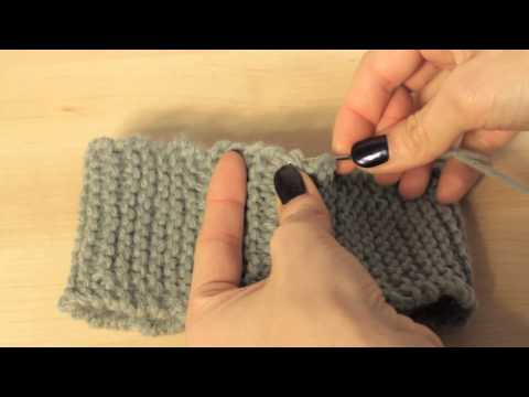 Knitting: How to Seam Ends Together to Join Cast On and Bind Off Edges