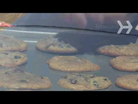 How to Bake Cookies on Your Car's Dashboard